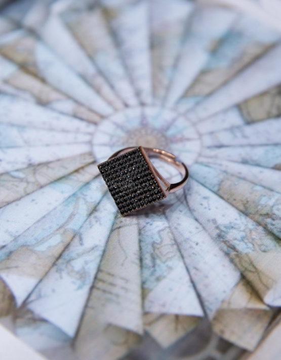Λετίσια Μαύρο Δαχτυλίδι