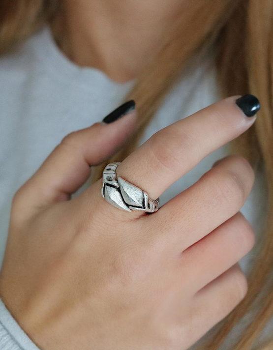 Βέλη Δαχτυλίδι