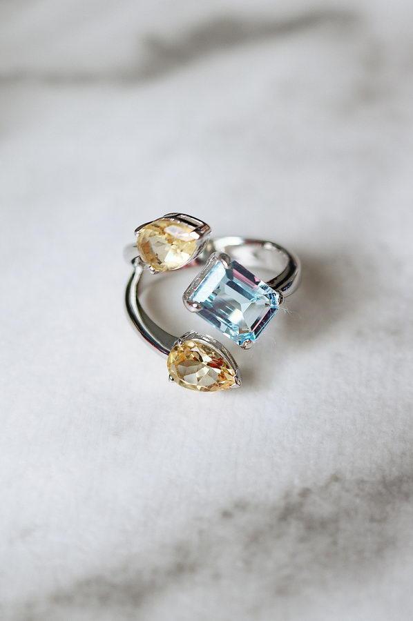 Ουρανία Ασήμι 925 Τριπλό Δαχτυλίδι (Blue Sky Topaz ή Citrin)