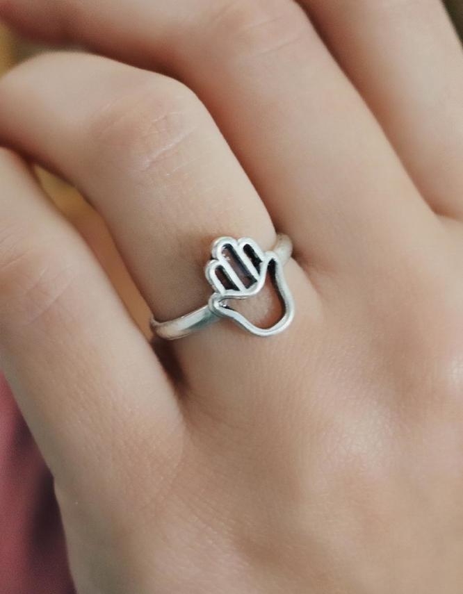 Φατιμέ Χεράκι Δαχτυλίδι