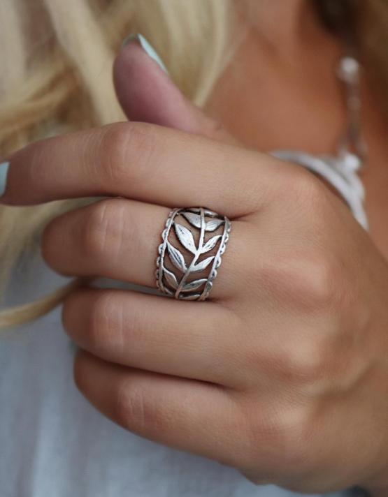Στεφάνι Δαχτυλίδι