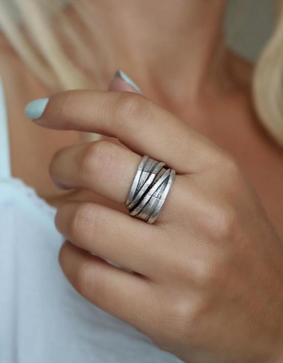 Ζίννια Δαχτυλίδι