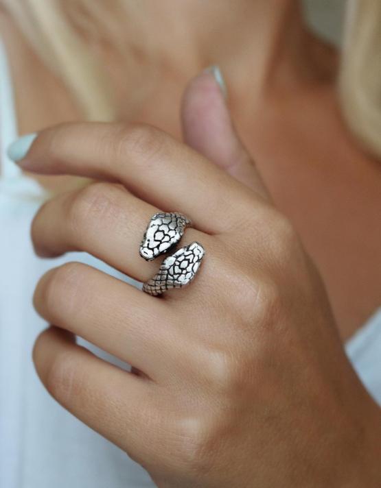 Φένια Δαχτυλίδι
