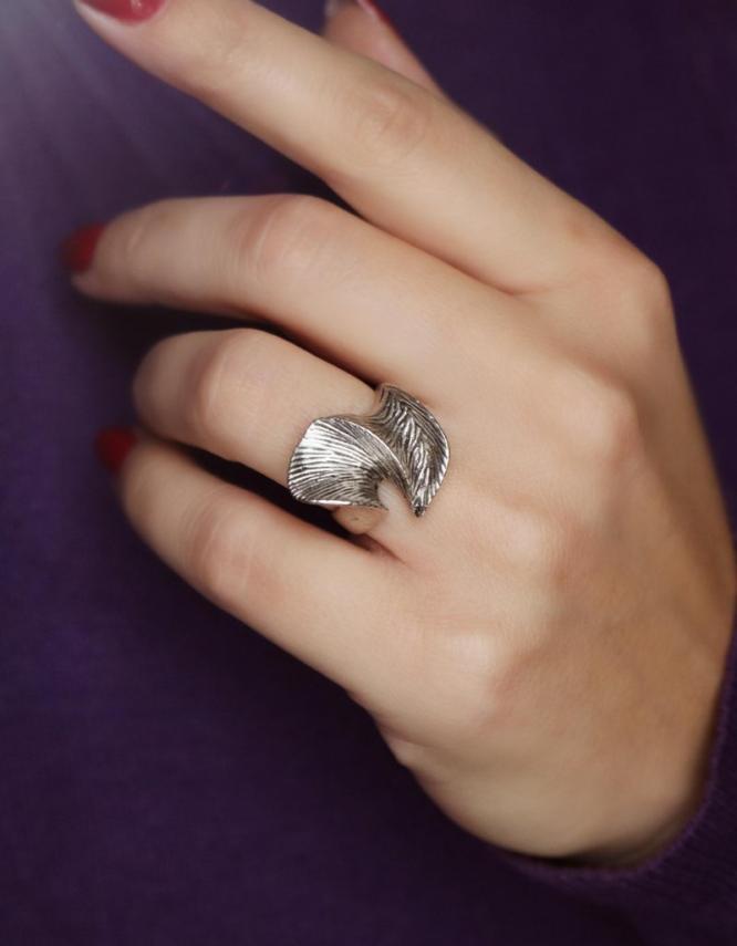Αιμιλία Δαχτυλίδι