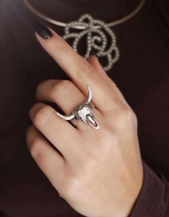 Ταύρος Δαχτυλίδι