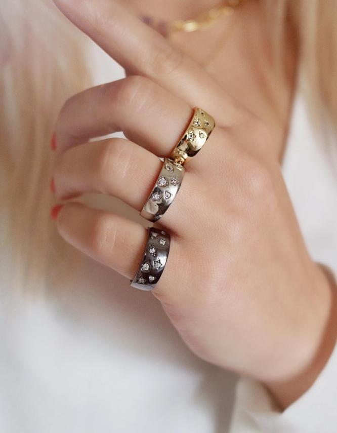 Αστερόσκονη Δαχτυλίδι