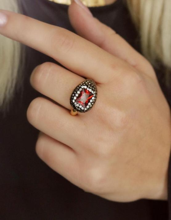 Αθηνά Κόκκινο Δαχτυλίδι Σχέδιο 3