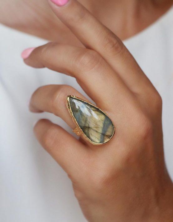 Σεβίλλη Δαχτυλίδι
